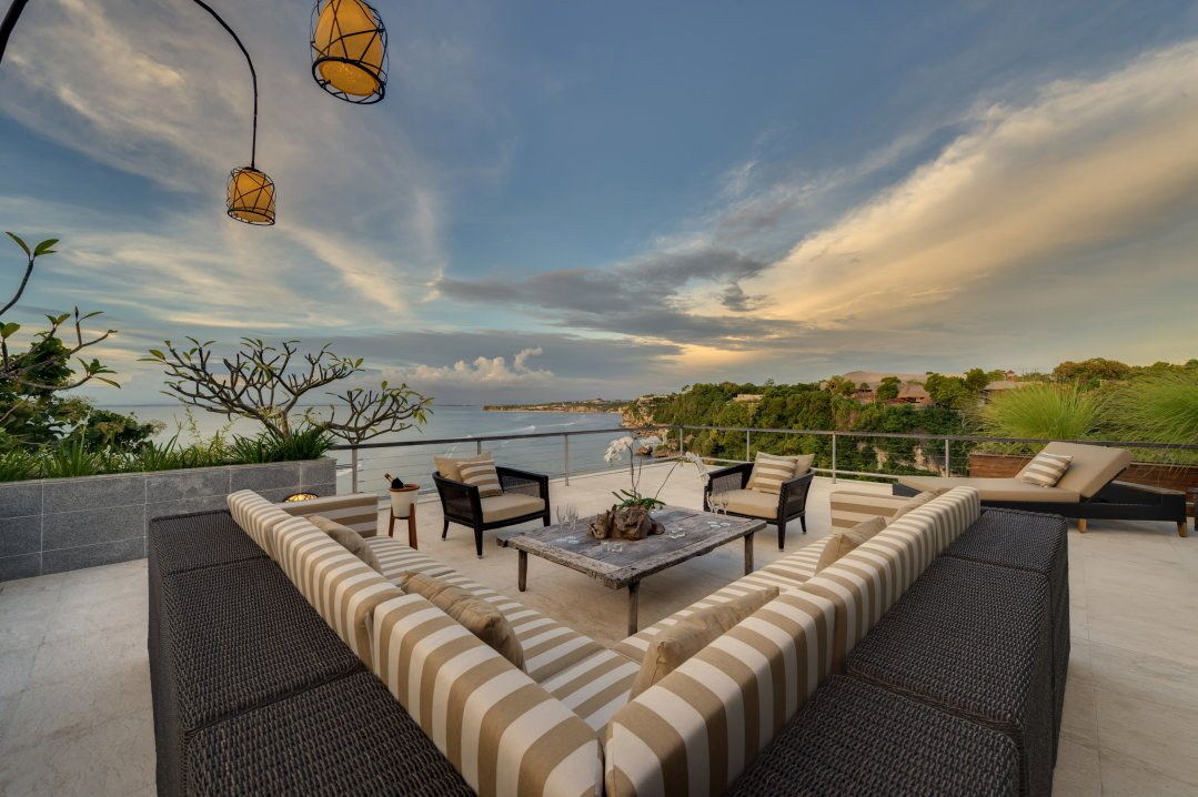 Villa The Luxe Bali Penthouse Suite Terrasse