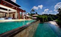 4 Bedrooms Villa Champuhan in Tabanan - Tanah Lot